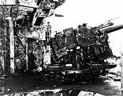 Damaged 127mm gun on USS Enterprise (CV-6), circa in August 1942