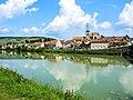 Damery, vu de la rive gauche de la Marne.jpg