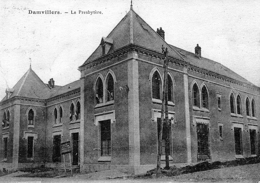 Damvillers. Le Presbytère.