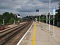 Dartford station platform 2 look east3.JPG