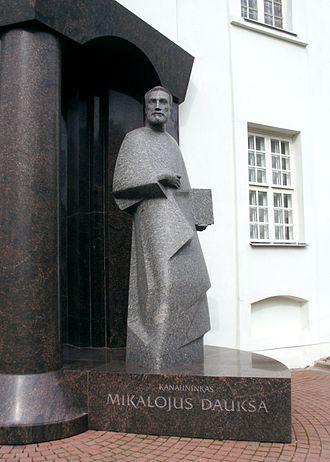 Mikalojus Daukša - Mikalojus Daukša in Varniai