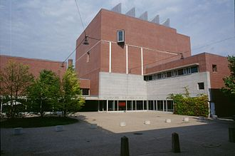 Wellesley College - The Davis Museum art collections are open to the public