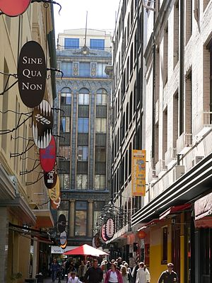 Degraves Street, Melbourne - Degraves Street with the Majorca Building at the street's northern end, centre