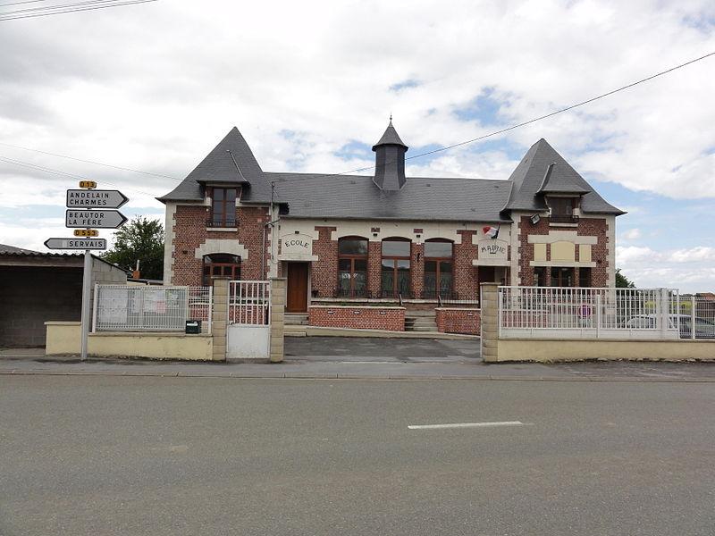 Deuillet (Aisne) mairie - école