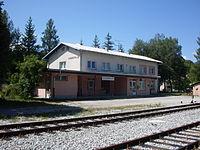 Dobrepolje train station-July2011.jpg