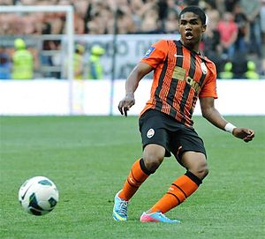 Douglas Costa - Costa playing for Shakhtar in 2013.