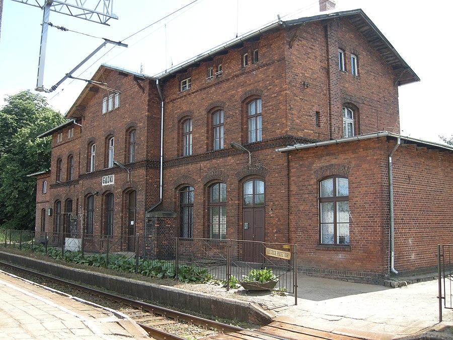 Gądki railway station