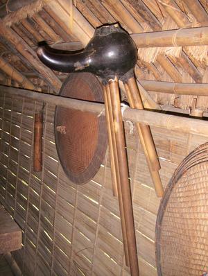 Gourd mouth organ - A đing nǎm of the E De people of Vietnam's Central Highlands