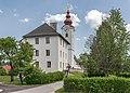 Ebenthal Radsberg 1 Pfarrhof und Pfarrkirche hl. Lambert W-Ansicht 12062019 6731.jpg