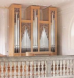 Effeltrich St. Georg Orgel.jpg
