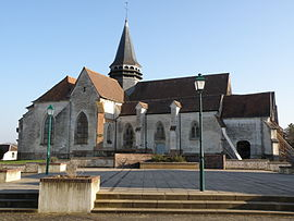 Eglise Saint-Laurent Bouilly 07.JPG