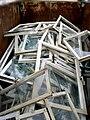 Entsorgung ausgebauter Fenster nach der Fenstersanierung. CIMG4599.JPG