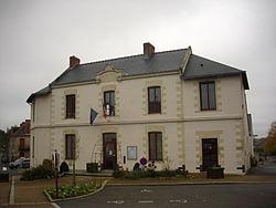 Erbray - mairie.JPG