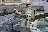 Erfinderbrunnen von Gernot Rumpf in Koblenz, Detail Fisch (2021-06-09 Sp).JPG
