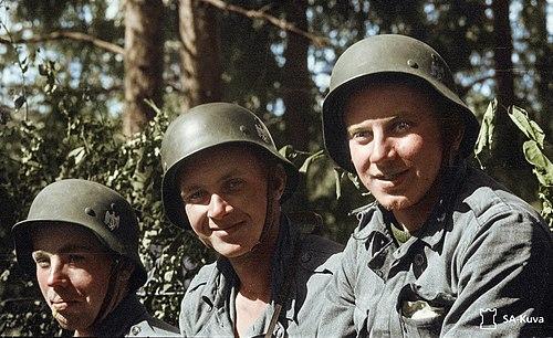 dating amerikkalaiset sotilaat Saksa kytkennät päivä määrä alas TSM
