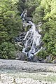 Fantail Falls in Mount Aspiring National Park 02.jpg