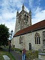 Farnham, St Andrew's Churchyard (4) - geograph.org.uk - 1991390.jpg