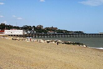 Felixstowe - Image: Felixstowe beach Suffolk England 14Aug 2008