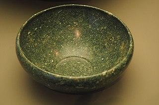 Flat-bottom cup-MAHG A 2004-0029