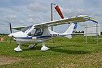 Flight Design CTSW 'G-SDAT' (26809596907).jpg