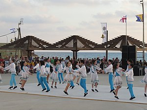 Folk dancing in Dado Beach, Haifa 2015