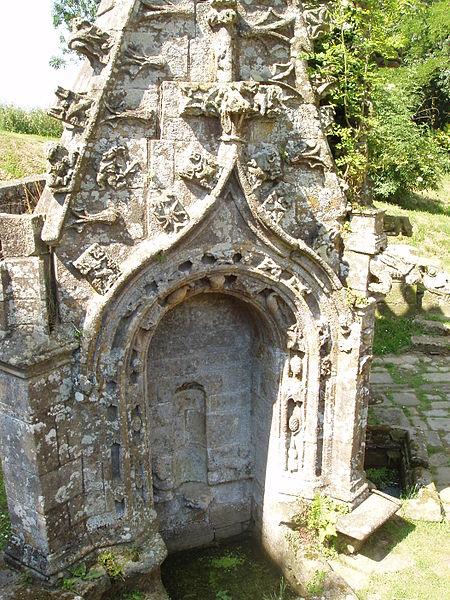 Site inscrit de la Fontaine de Saint-Bieuzy