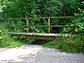 Footbridge - geograph.org.uk - 231651.jpg