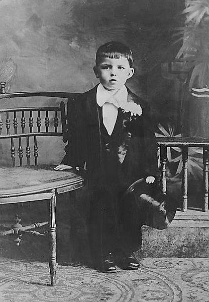 File:Frank Sinatra as a small boy.jpg