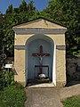 Friedhofskapelle in Ollern.jpg