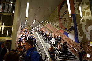 Line H (Buenos Aires Underground) - Visitors at Las Heras station before its inauguration.