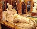G.F. Fuller - Mulher deitada sobre um cisne com criança nos braços.jpg