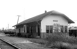 G. M. and O. Depot, Scooba, Miss., November 1975 (30320030791).jpg