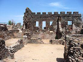 クンタ・キンテ島の遺跡