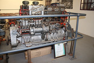 L. Gardner and Sons - A Sectioned 6LW of 1961 at the Anson Engine Museum from a Bristol Commercial Vehicles bus.