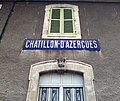 Gare de Châtillon (Rhône) - Panneau avec erreur sur bâtiment (août 2018).jpg