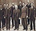 Gaston Doumergue et les quatre mousquetaires (octobre 1927).jpg