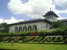 southern side gedung sate