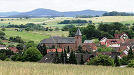 A view of Geiselbach from the north, with the church St. Maria Magdalena