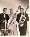 Gene Paul, Mary Ford & Les Paul in the mid-1960s.jpg
