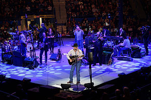 Ace in the Hole Band - George Strait and the Ace in the Hole Band in Hartford, Connecticut, 2013