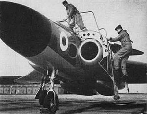 Gloster Javelin - Two U.S. Marine Corps officers disembarking from a Javelin FAW.7 at RAF Duxford, 1959