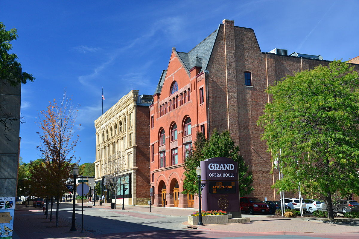 grand opera house dubuque iowa wikipedia