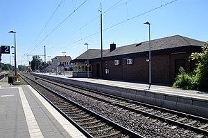 Hämelerwald station httpsuploadwikimediaorgwikipediacommonsthu