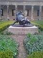 Hércules con el León de Nemea Museumsinsel 01.jpg