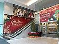 HK 中環 Central 萬宜大廈 Man Yee Plaza Building lift lobby entrance n mall escalators X'mas decoration December 2019 SS2 02.jpg