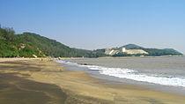 Hac Sa Beach 01.JPG