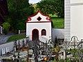 Hart im Zillertal - Friedhof mit alter Friedhofskapelle.jpg