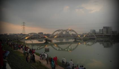 Hatirjheel view 2nd-bridge.PNG