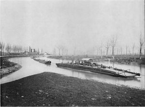 Chain boat navigation - Chain boat barges on the river Neckar in Heilbronn, before 1885