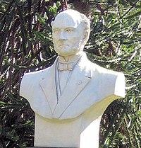Henri lecoq buste jardin lecoq.jpg